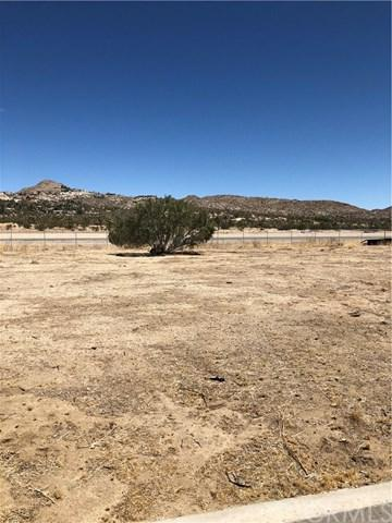 0 Lindbergh Lane, Yucca Valley, CA 92284 (#JT18143352) :: Sperry Residential Group