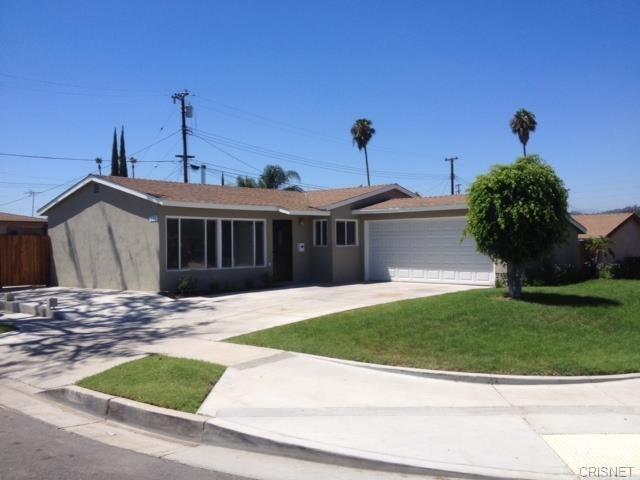 771 N Clifton Street N, La Habra, CA 90631 (#IG18144066) :: The Darryl and JJ Jones Team