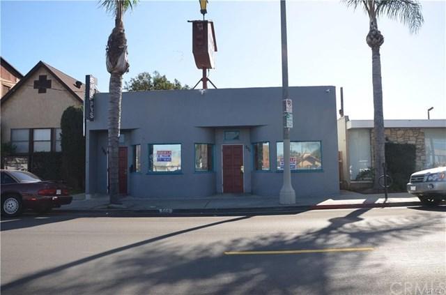 569 6th Street, San Pedro, CA 90732 (#CV18145492) :: Go Gabby