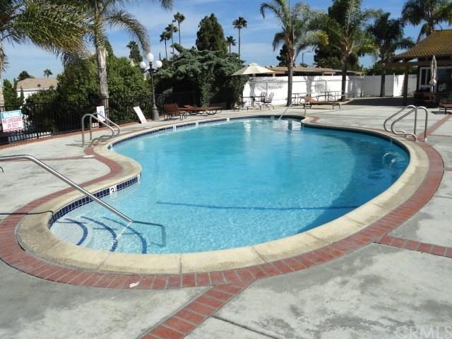 1501 Palos Verdes Drive North #31, Harbor City, CA 90710 (#PV18140104) :: Keller Williams Realty, LA Harbor