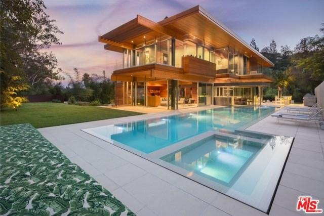 1160 San Ysidro Drive, Beverly Hills, CA 90210 (#18356694) :: The Darryl and JJ Jones Team