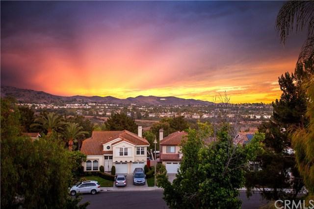 26552 Domingo Drive, Mission Viejo, CA 92692 (#OC18147933) :: Z Team OC Real Estate