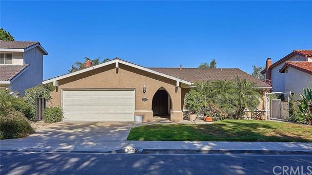 24246 Via Santa Clara, Mission Viejo, CA 92692 (#PW18147987) :: Z Team OC Real Estate