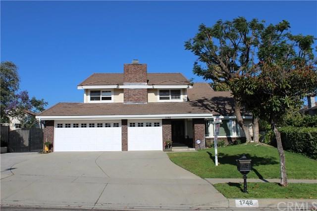 1748 Orangewood Avenue, Upland, CA 91784 (#CV18148226) :: Cal American Realty