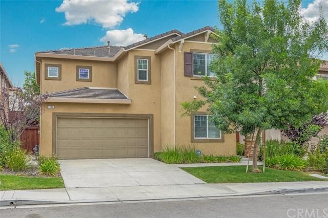 2740 Vine Street, Pomona, CA 91767 (#CV18146491) :: Cal American Realty
