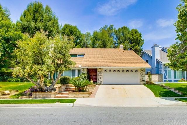 57 Village Loop Road, Pomona, CA 91766 (#DW18148341) :: Cal American Realty