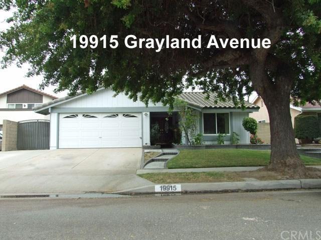 19915 Grayland Avenue, Cerritos, CA 90703 (#PW18150221) :: DSCVR Properties - Keller Williams