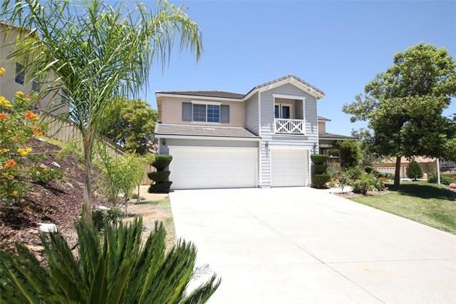 31928 Birchwood Drive, Lake Elsinore, CA 92532 (#CV18150353) :: Realty Vault