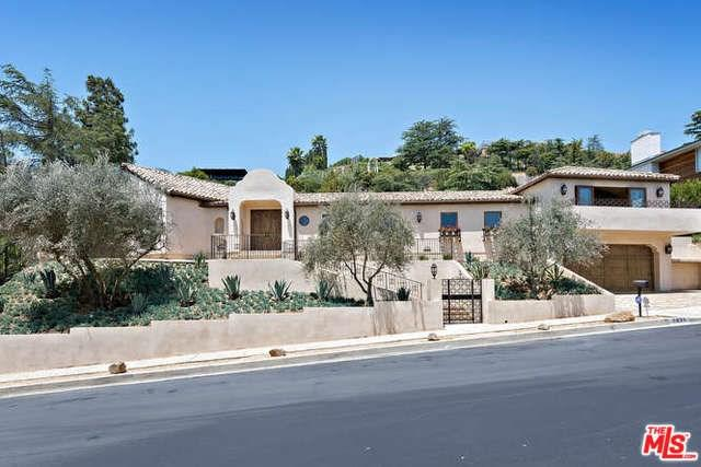7935 Oceanus Drive, Los Angeles (City), CA 90046 (#18357736) :: DSCVR Properties - Keller Williams