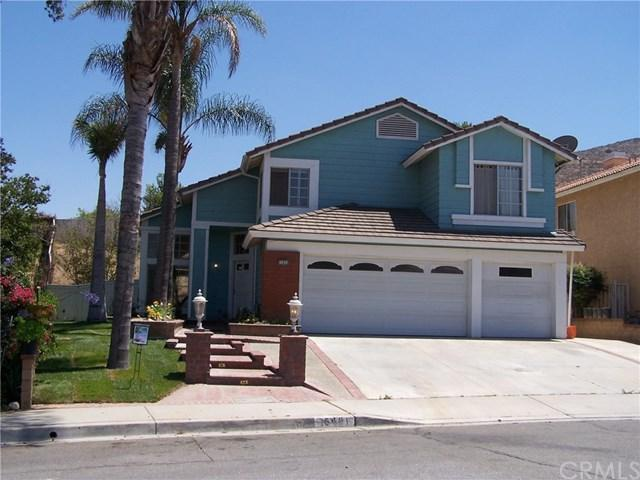 15431 Ridgecrest Drive, Fontana, CA 92337 (#OC18150478) :: Mainstreet Realtors®