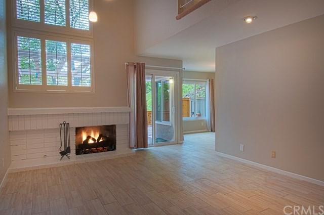 6524-4 E Camino #4, Anaheim Hills, CA 92807 (#NP18150561) :: DSCVR Properties - Keller Williams
