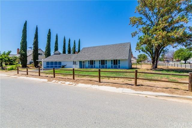 2691 Riding Ring Road, Norco, CA 92860 (#IG18150655) :: Pam Spadafore & Associates