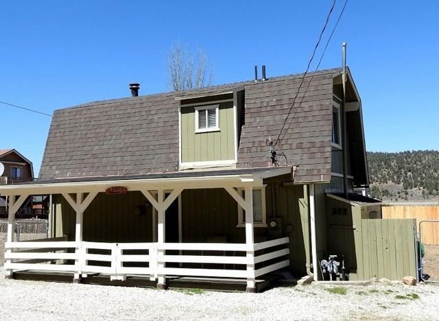 2761 Mahogany, Big Bear, CA 92314 (#PW18151675) :: The Laffins Real Estate Team