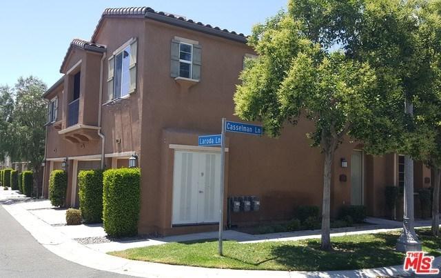 19335 Laroda Lane, Saugus, CA 91350 (#18359624) :: Fred Sed Group