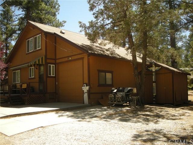 2071 1st Lane, Big Bear, CA 92314 (#EV18157076) :: Barnett Renderos