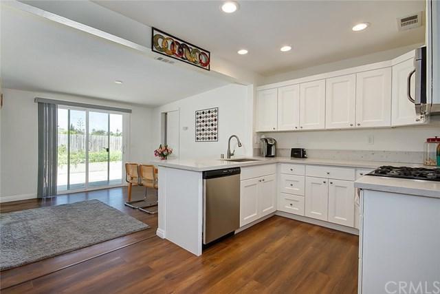 4210 Lewis Street, Oceanside, CA 92056 (#OC18158000) :: RE/MAX Masters