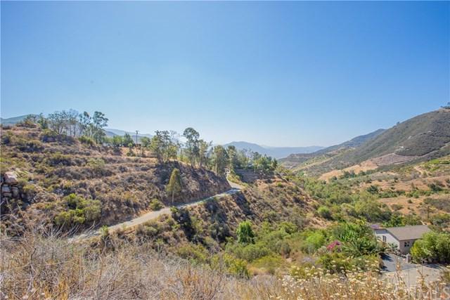 9932 Gomez Creek Road, Rainbow, CA 92028 (#SW18158746) :: RE/MAX Masters
