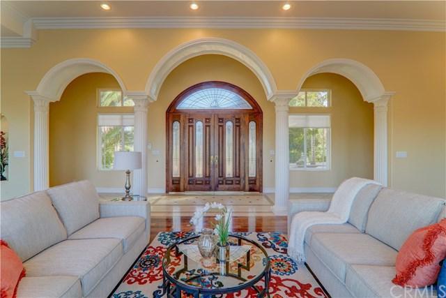 14174 Sun Rocks Drive, Valley Center, CA 92082 (#OC18159631) :: Allison James Estates and Homes