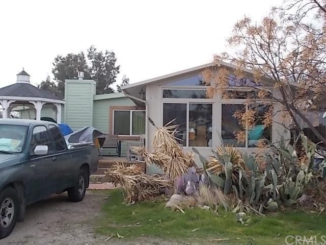 135 N 3rd Street, Shandon, CA 93461 (#NS18161156) :: Pismo Beach Homes Team
