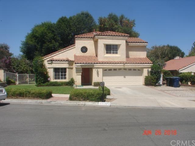 11572 Pembroke Avenue, Loma Linda, CA 92354 (#SW18159750) :: RE/MAX Masters