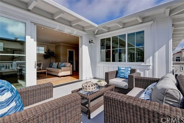 1104 Cypress, Hermosa Beach, CA 90254 (#SB18165238) :: RE/MAX Masters