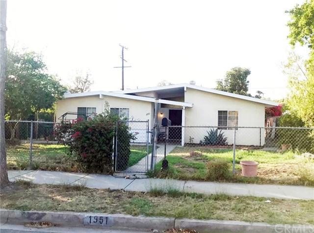 1951 W Orange Grove Avenue, Pomona, CA 91768 (#PW18165746) :: Mainstreet Realtors®