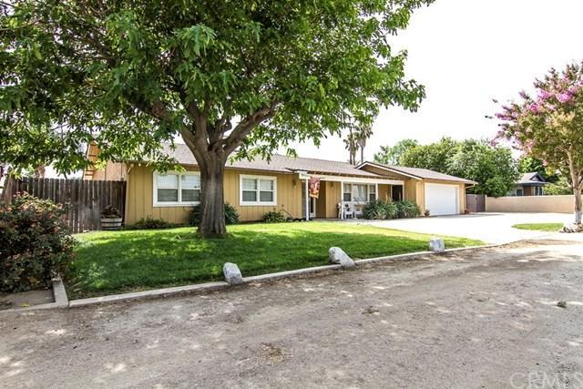 4027 Corona Avenue, Norco, CA 92860 (#IG18166784) :: Provident Real Estate