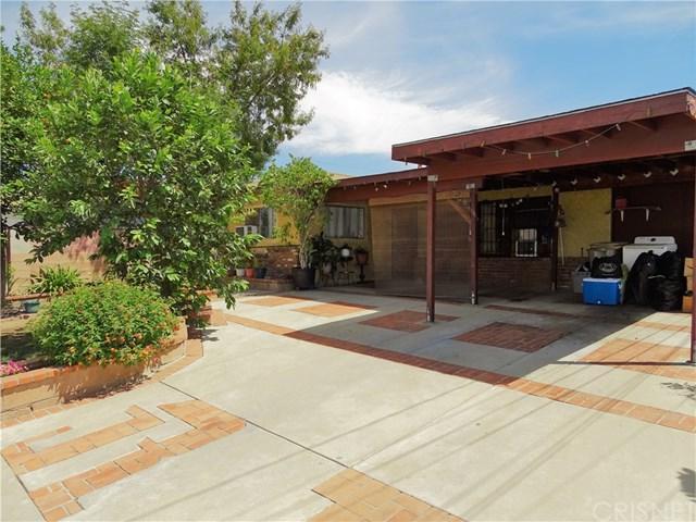 11166 Norris Avenue, Pacoima, CA 91331 (#SR18166798) :: RE/MAX Masters