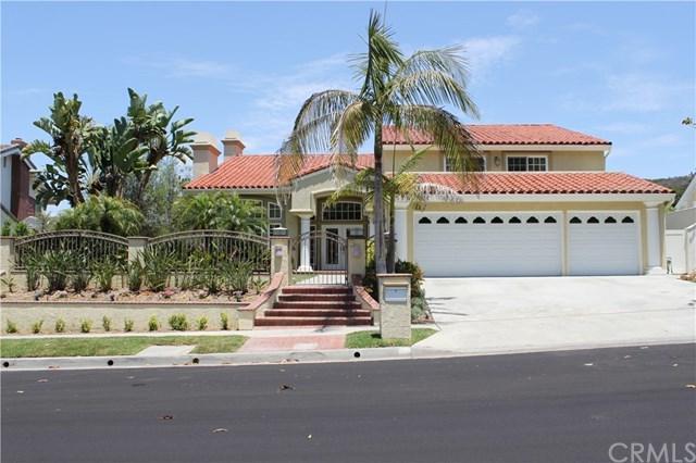 22 Mission Bay Drive, Corona Del Mar, CA 92625 (#NP18145570) :: Scott J. Miller Team/RE/MAX Fine Homes