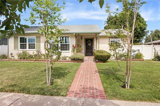 10908 Gerald Avenue, Granada Hills, CA 91344 (#SR18166693) :: RE/MAX Masters
