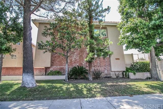 10159 De Soto Avenue #211, Chatsworth, CA 91311 (#SR18165529) :: RE/MAX Masters