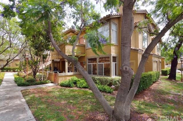 19431 Rue De Valore 31F, Lake Forest, CA 92610 (#OC18165688) :: Berkshire Hathaway Home Services California Properties