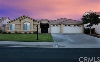 2754 W Loma Vista Drive, Rialto, CA 92377 (#TR18167863) :: RE/MAX Masters