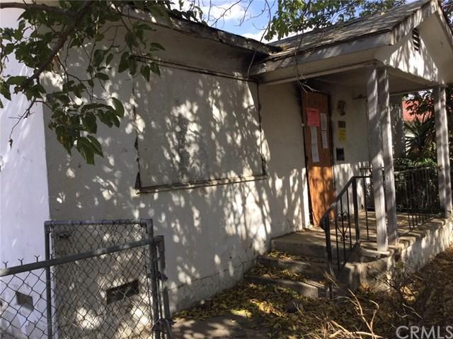 1110 El Tejon Avenue, Bakersfield, CA 93308 (#IV18168832) :: RE/MAX Parkside Real Estate