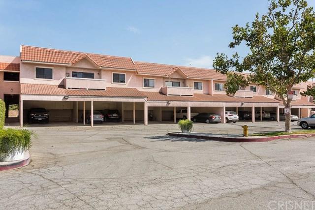 10943 Laurel Canyon Boulevard B13, San Fernando, CA 91340 (#SR18165721) :: Fred Sed Group
