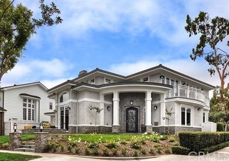2001 Port Bristol Circle, Newport Beach, CA 92660 (#LG18166732) :: DSCVR Properties - Keller Williams