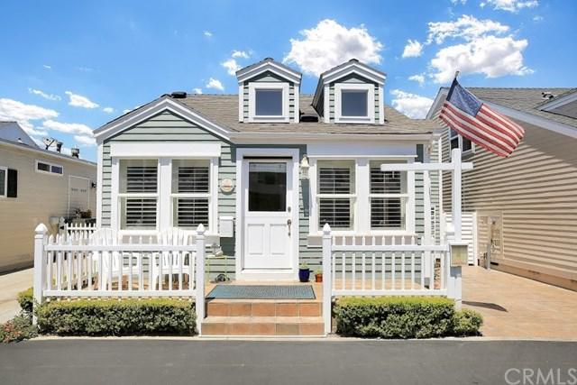 35 Fremont Street #141, Newport Beach, CA 92663 (#OC18167246) :: DSCVR Properties - Keller Williams