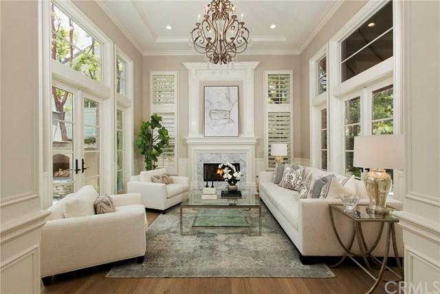 9 Jupiter Hills Drive, Newport Beach, CA 92660 (#NP18155172) :: DSCVR Properties - Keller Williams