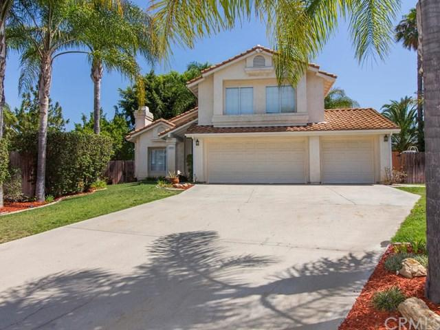 805 Porter Way, Fallbrook, CA 92028 (#SW18169036) :: Kristi Roberts Group, Inc.