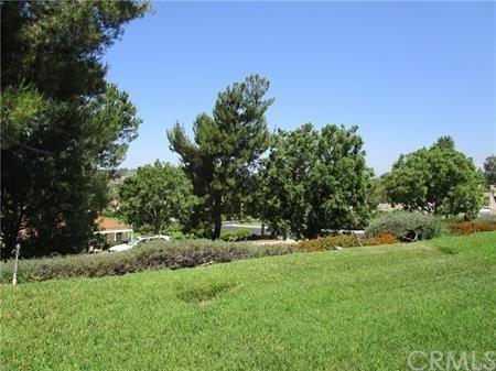 28173 Manchuca, Mission Viejo, CA 92692 (#OC18169732) :: McMonigle Group