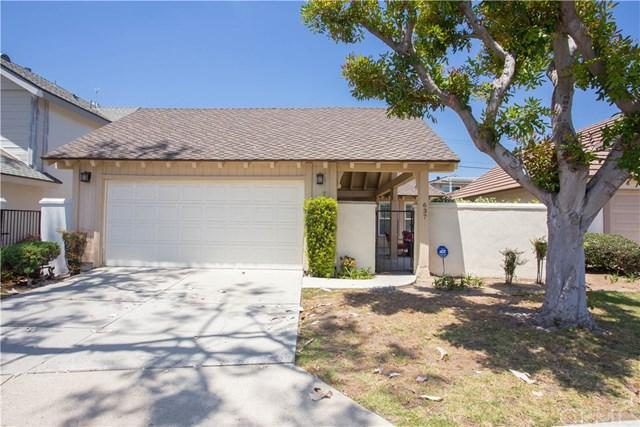 637 W Palm Drive, Placentia, CA 92870 (#PW18170217) :: The Darryl and JJ Jones Team