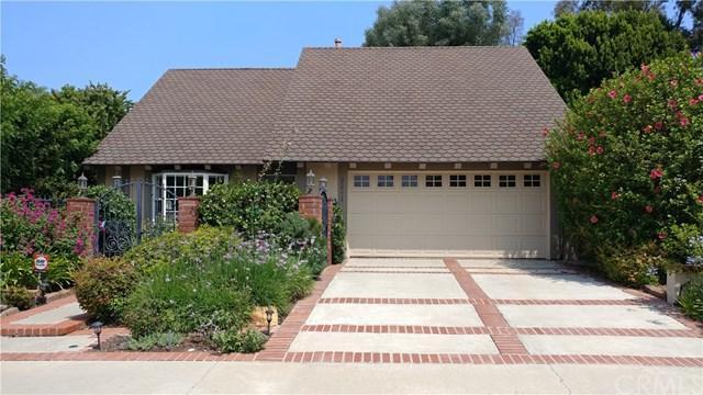 25771 Knotty Pine Road, Laguna Hills, CA 92653 (#OC18170351) :: Fred Sed Group