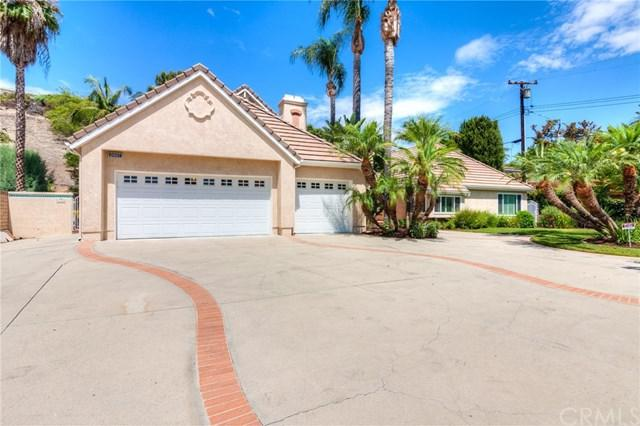 2447 N Santiago Boulevard, Orange, CA 92867 (#PW18170916) :: Ardent Real Estate Group, Inc.