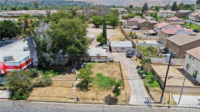13148 Gladstone Avenue, Sylmar, CA 91342 (#SR18170729) :: Fred Sed Group