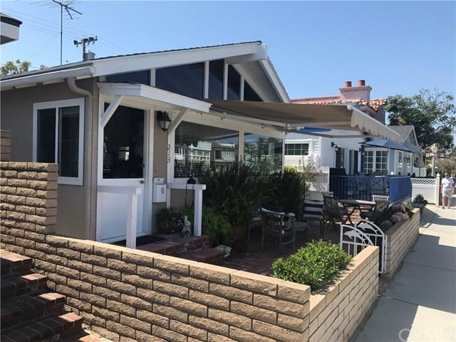 213 Grand Canal, Newport Beach, CA 92662 (#NP18169745) :: Brad Feldman Group