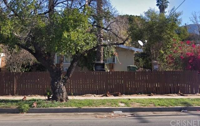 12986 Glenoaks Boulevard, Sylmar, CA 91342 (#SR18171413) :: Fred Sed Group