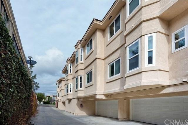 377 Avocado Street B, Costa Mesa, CA 92627 (#OC18171507) :: Mainstreet Realtors®