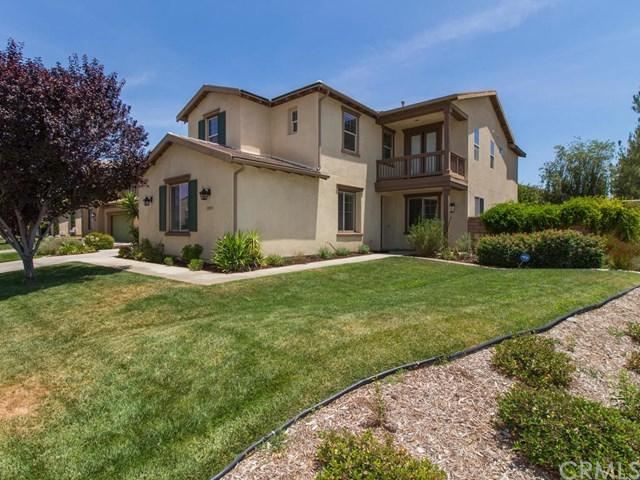 35074 Barkwood Court, Winchester, CA 92596 (#SW18171340) :: Kristi Roberts Group, Inc.