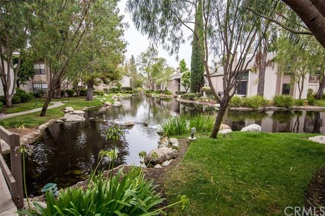 26701 Quail #115, Laguna Hills, CA 92656 (#OC18171896) :: Fred Sed Group