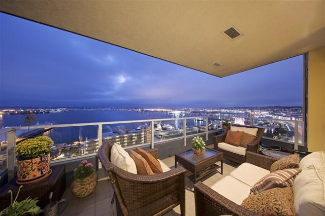 1325 Pacific Hwy #2201, San Diego, CA 92101 (#180039232) :: Fred Sed Group